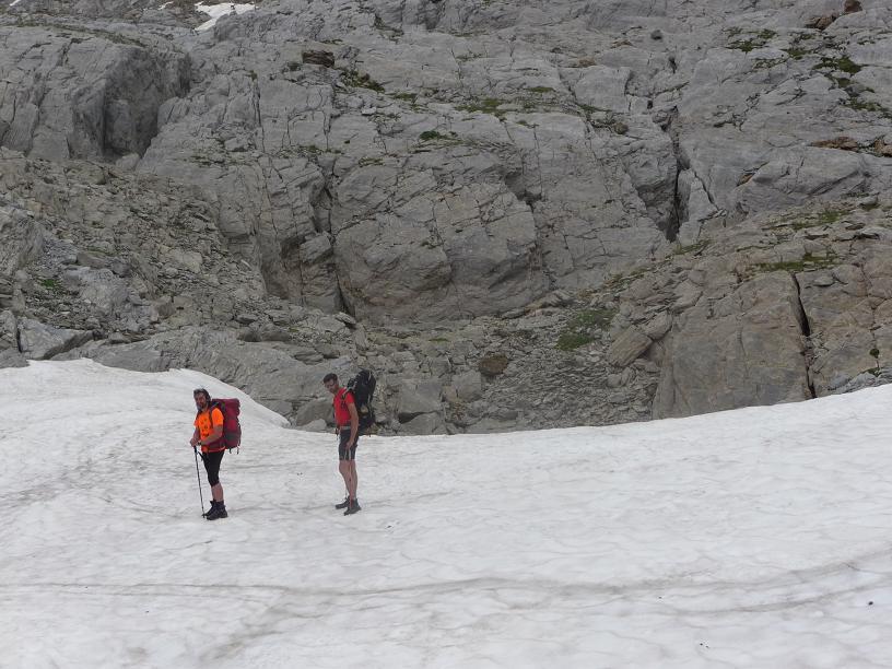 Expedición Internacional Larra 2014